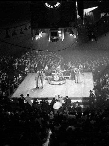50 Years Ago: BEATLES PLAY FIRST CONCERTS IN AMERICA