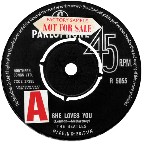 uk-419-she-loves-you-5055-pLa